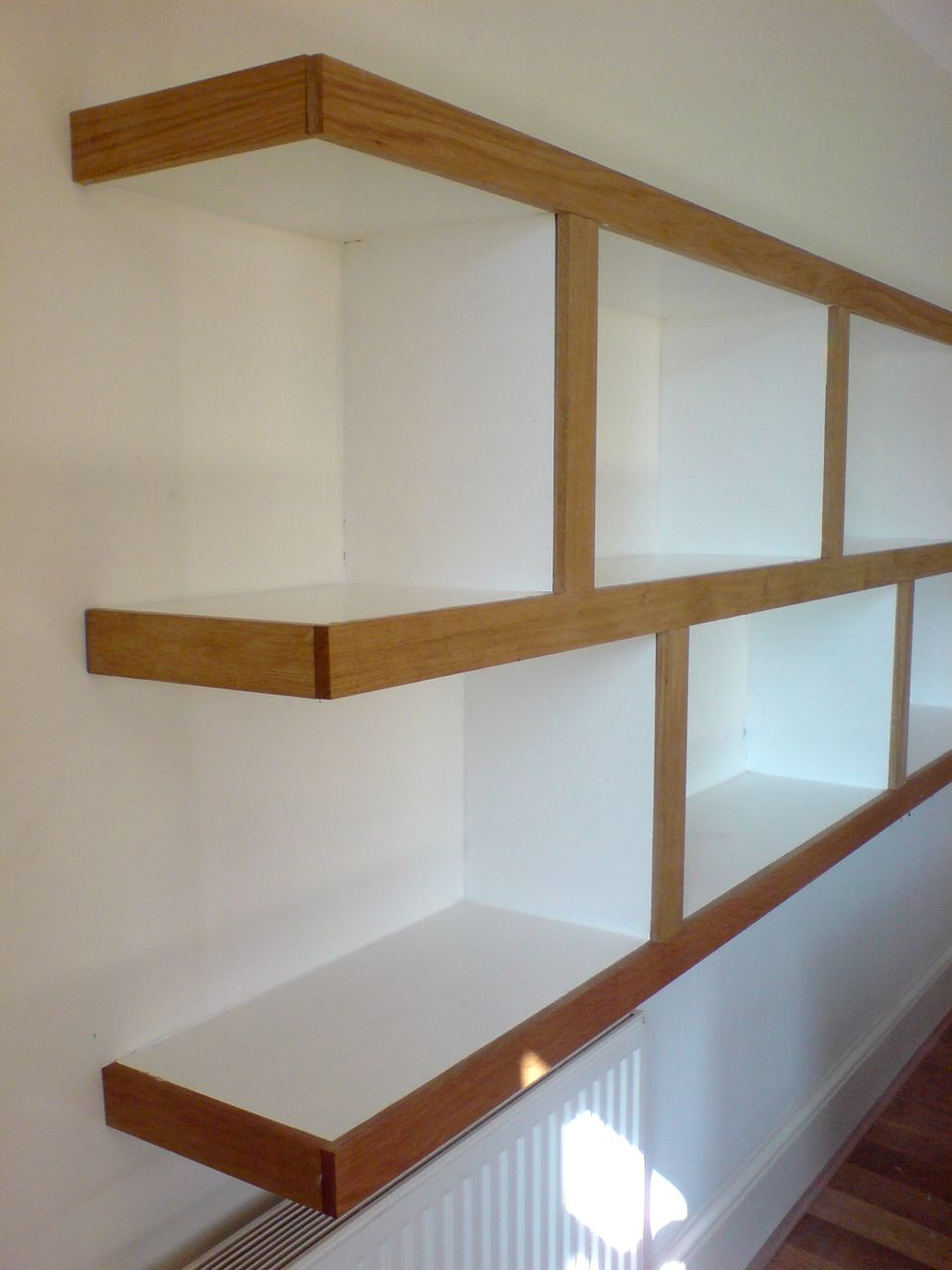 Alcove Shelves Brackets: Floating shelf with desk. Gallery of white ...